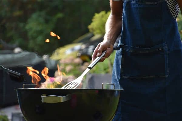 how to turn a charcoal grill into a smoker