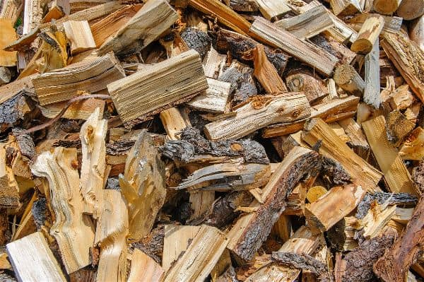 how to make wood chips for smoker